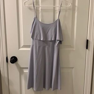 Light, flowy summer dress— runs small